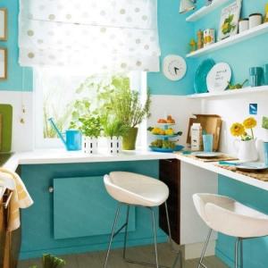 Plonger dans la couleur turquoise, et colorer la maison!