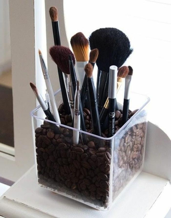 set-de-pinceaux-maquillage-idee-storage