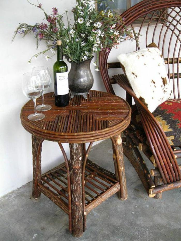table-en-rotin-design-petite-table-en-bois-pour-la-veranda-table-de-jardin