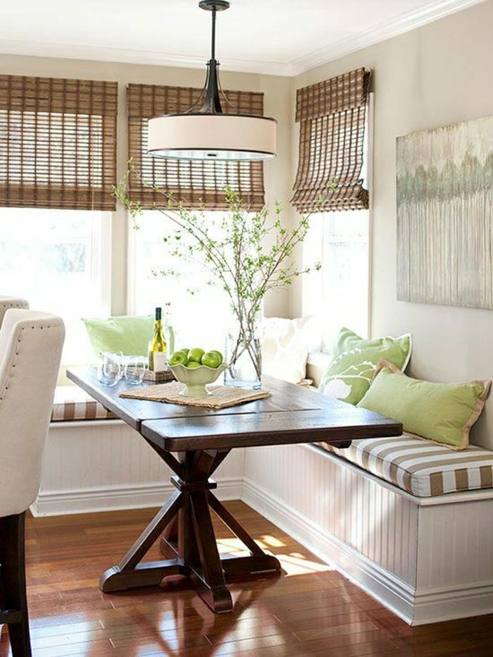 table-haute-de-cuisine-mode-idée-aménagement-moderne-table-en-bois-massif