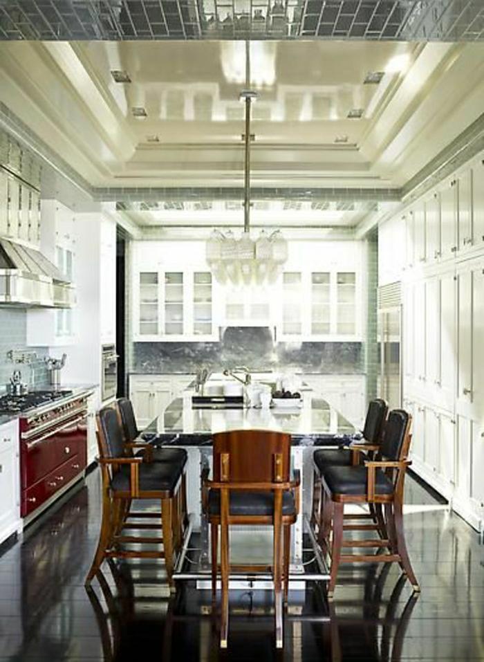 table-salle-a-manger-table-de-cuisine-de-luxe-carrelage-noir-cuisine-de-luxe