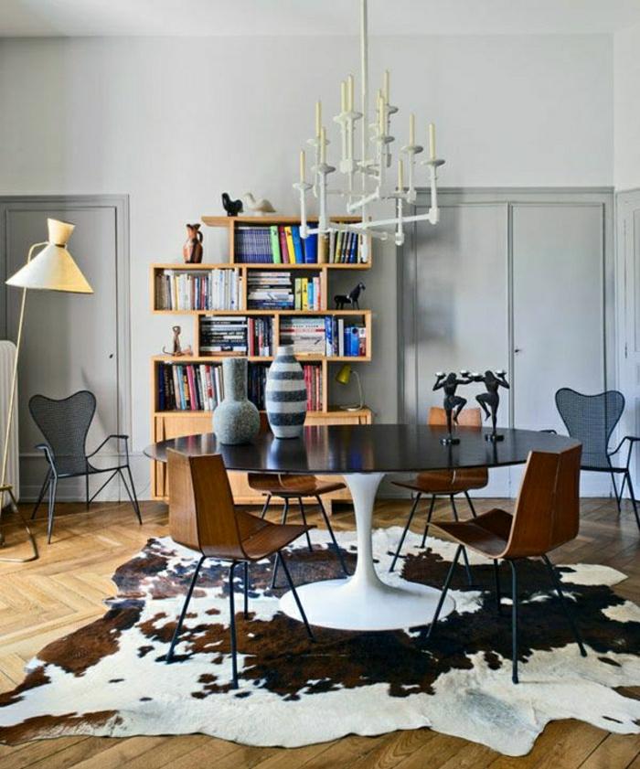table-tulipe-plastique-tapis-peau-d-animal-table-blanc-noir-table-tulip-table-cube-de-rangement