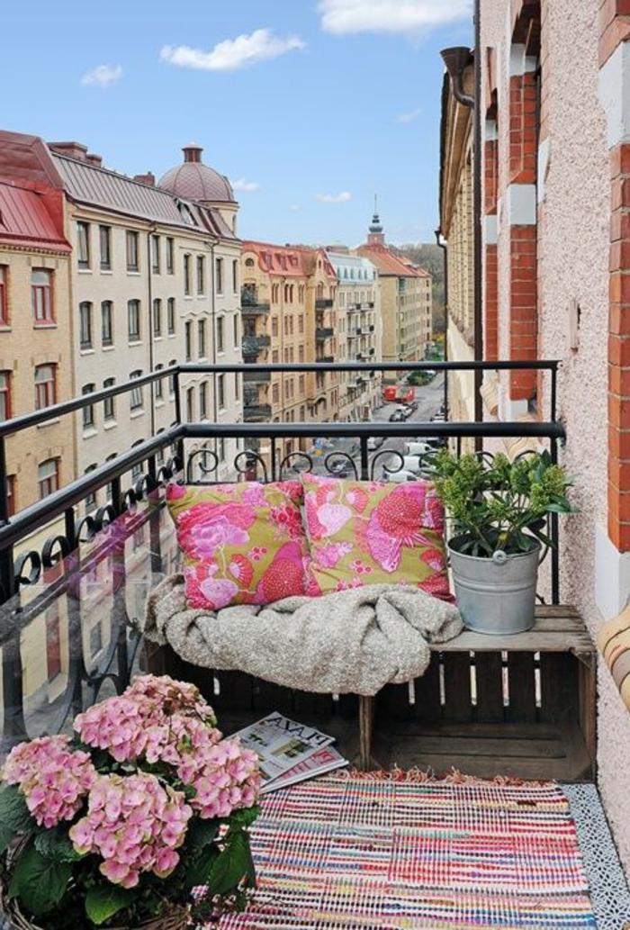 terrasse-belle-vue-tapis-coloré-terrasse-aménagement-amenager-sa-terrasse