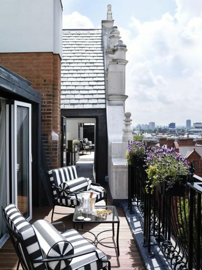 terrasse-deco-amenagement-de-terrasse-en-ville-idée-comment-faire-sol-en-parquet