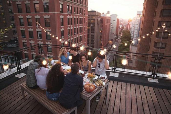 terrasse-en-ville-belle-vue-new-york-diner-entre-amis-rue-new-york