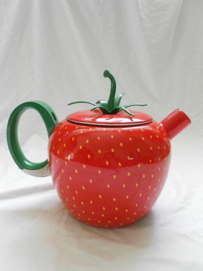 theiere-bodum-cuisine-déco-pot-fraise
