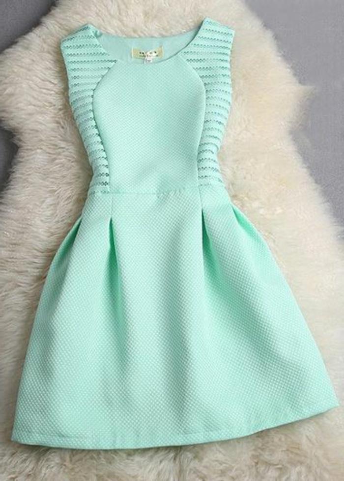 c706721fff1 La robe bleue marine et ses nuances en 43 photos!