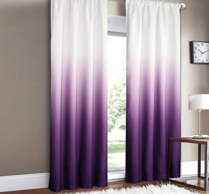 Les rideaux occultants les plus belles variantes en photos - Salon violet et blanc ...