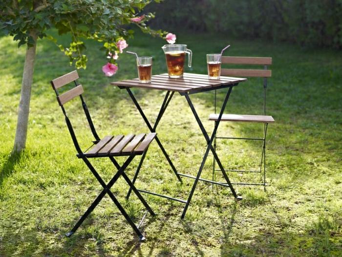 table de jardin pliante en fer des id es. Black Bedroom Furniture Sets. Home Design Ideas