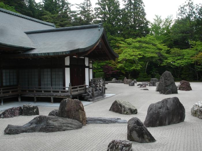 des-jardins-japonais-zen-pierre-arbre-japonais-pierres