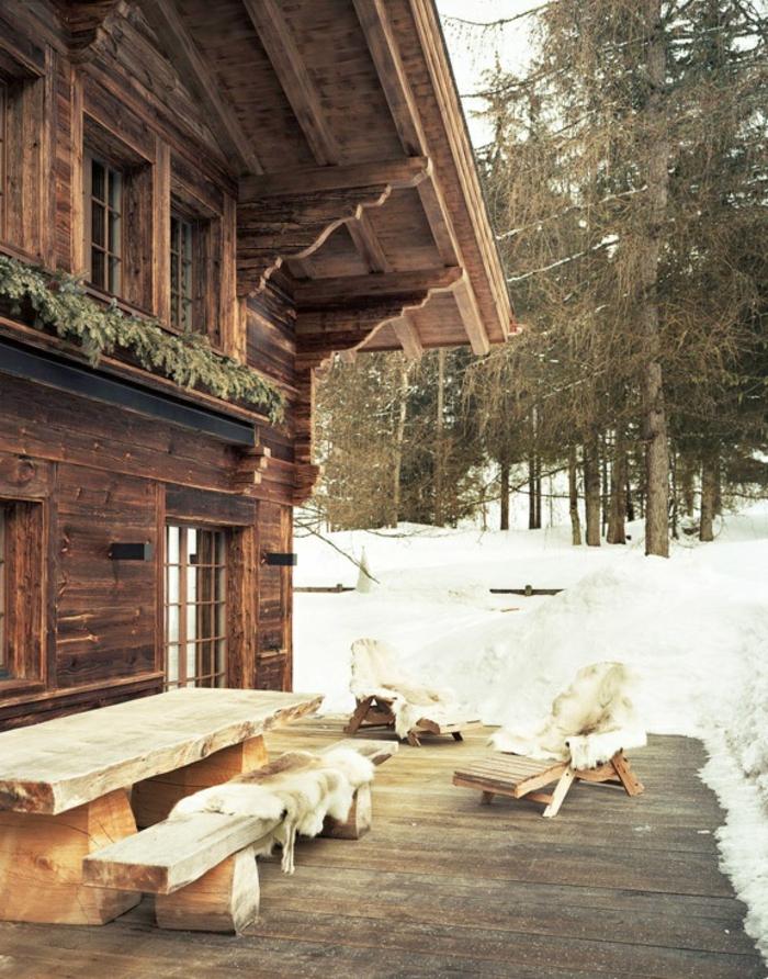 1-extérieur-de-la-chalet-en-bois-habitable-maison-de-style-rustique-en-bois