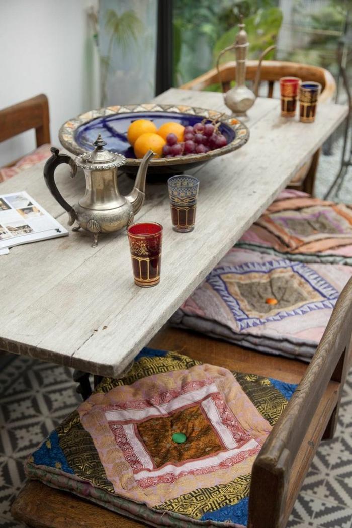 1-galettes-de-chaise-déhoussables-table-de-jardin-en-bois-massif-chaises-de-jardin
