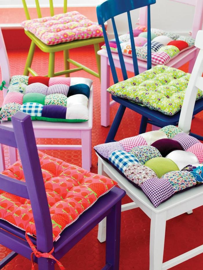galettes de chaises galette de chaise rabats with galettes de chaises great galette chaise. Black Bedroom Furniture Sets. Home Design Ideas