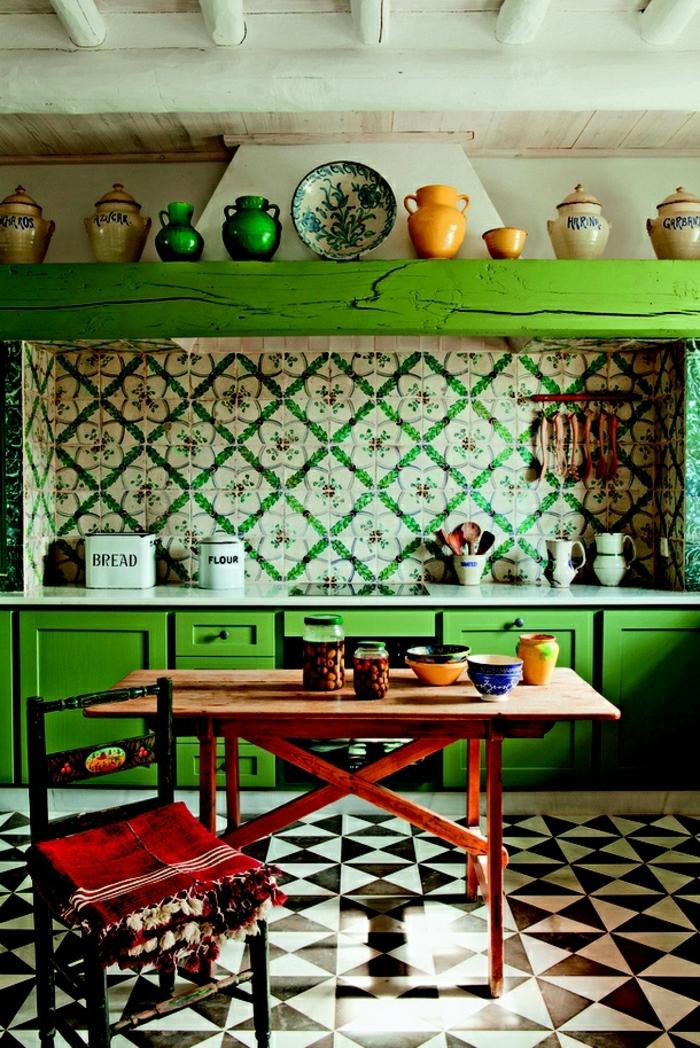 1-idée-couleur-cuisine-verte-carrelage-blanc-noir-pour-la-cuisine-moderne