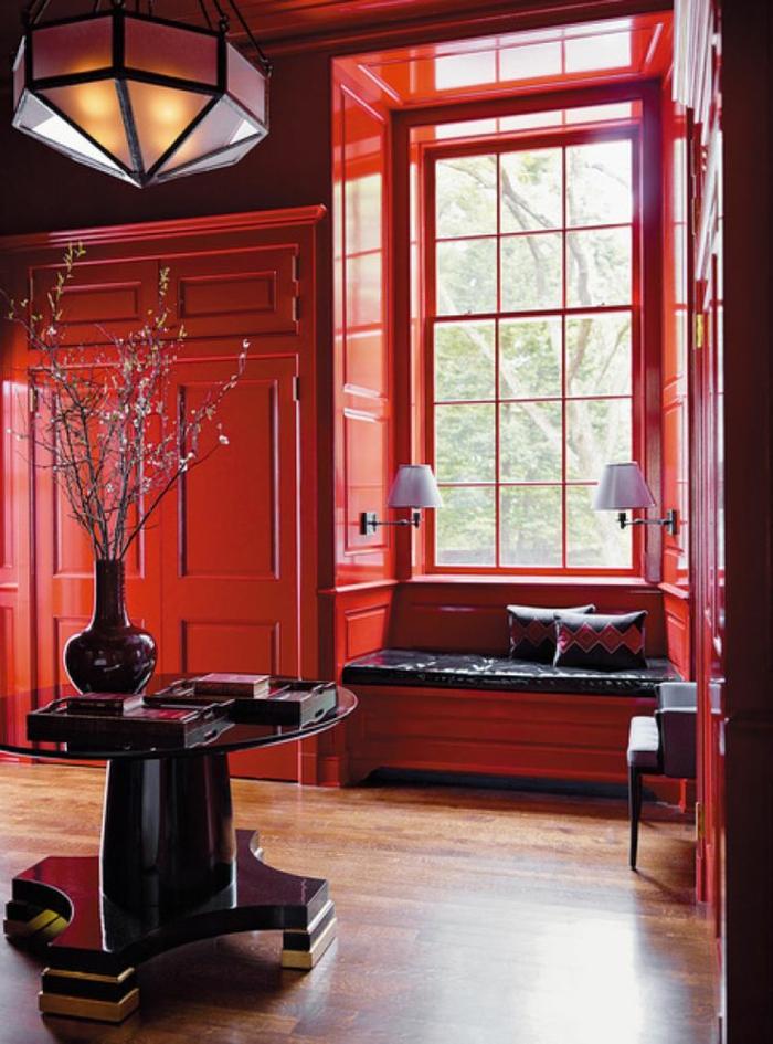 1-intérieur-rouge-pourpre-rouge-amarante-rouge-intérieur-moderne-sol-en-parquet