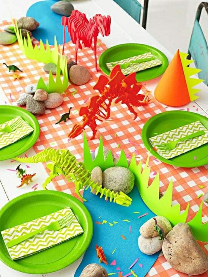1-joli-set-de-table-jetable-coloré-assiette-verte-chemin-de-table-en-papier