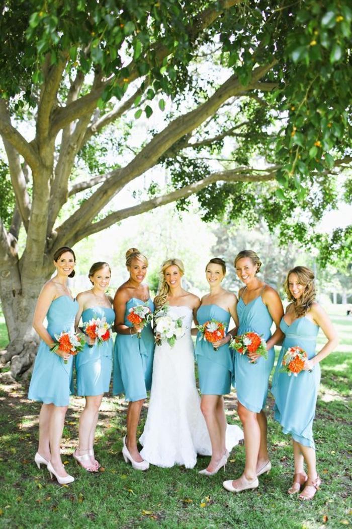 La robe bleue marine et ses nuances en 43 photos for Robes de demoiselle d honneur mariage marine