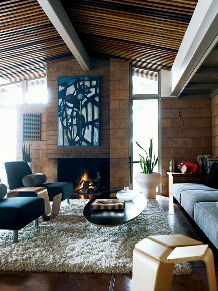 1-petite-table-basse-ronde-table-basse-ovale-pour-le-salon-tapis-beige-cheminée