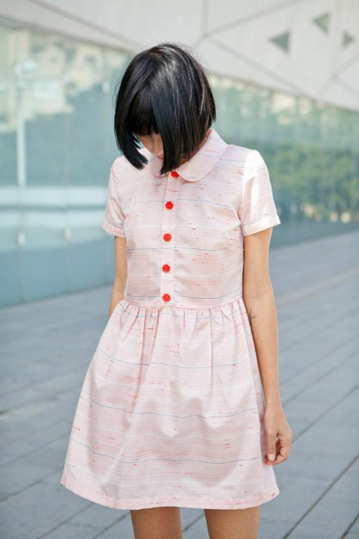 1-robe-chemise-rose-femme-avec-cheveux-courts-de-couleur-noir-robe-rose