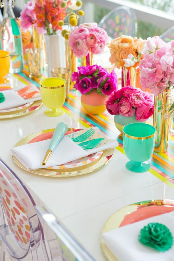 1-set-de-table-coloré-set-de-table-anniversaire-enfant-jolie-décoration-fleurs