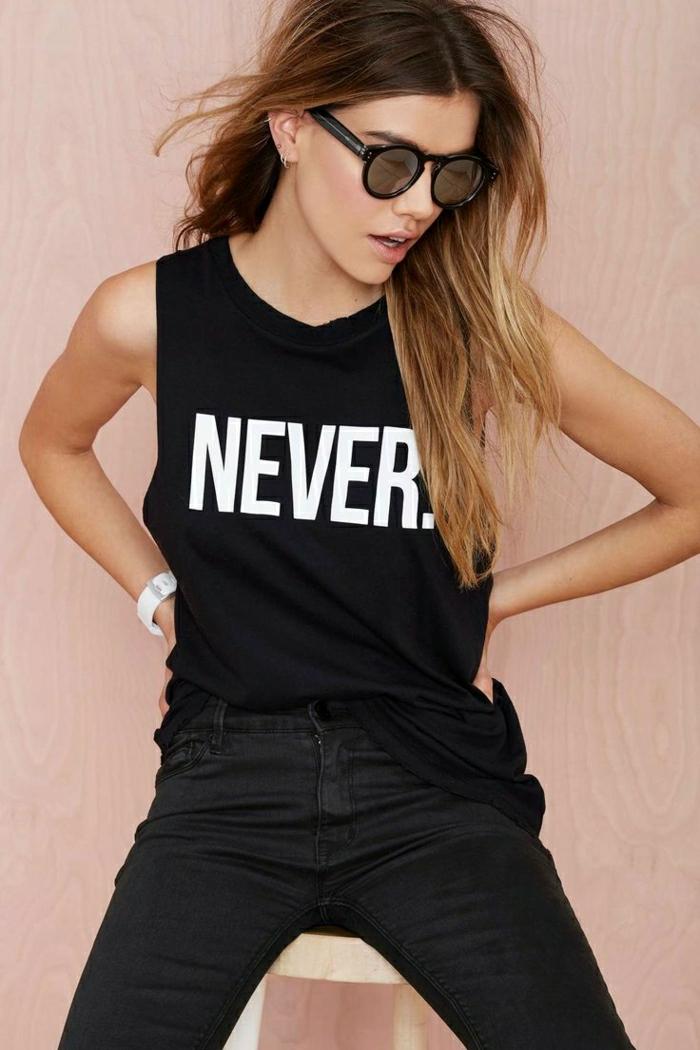 1-t-shirt-noir-personnalisable-femme-lunettes-de-soleil-noir-femme-cheveux-longs