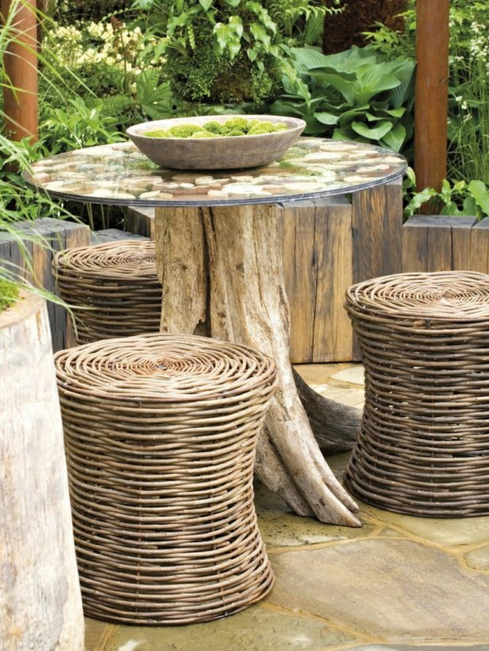 1-tabouret-en-osier-table-en-bois-table-de-jardin-meubles-de-jardin-tabouret-rotin-design