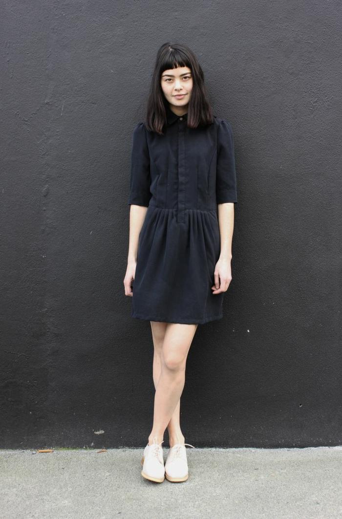 1-une-belle-robe-noire-femme-elegante-avec-robe-noire-femme-brunette