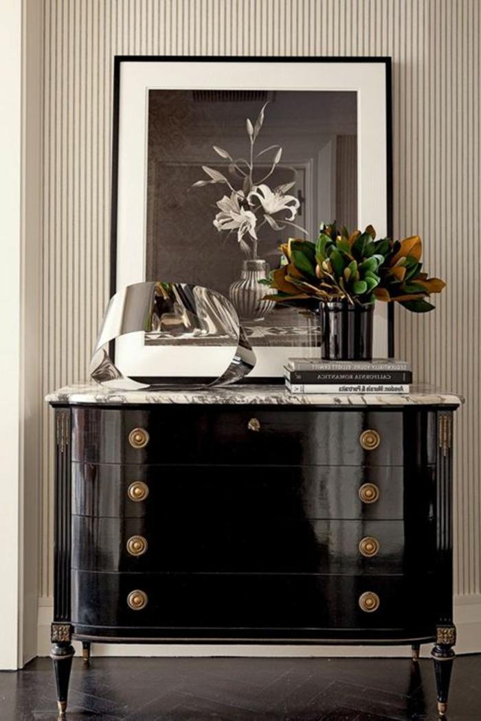 4-bahut-noir-pas-cher-laqué-marbre-chic-la-salle-de-sejour-vintage