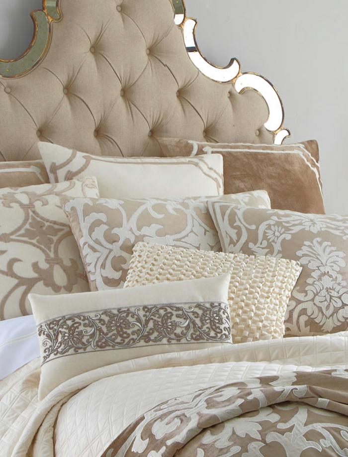Comment incorporer la couleur cappuccino dans votre maison - Tete de lit baroque ...