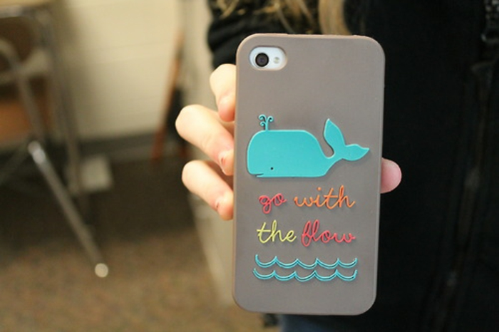 Idée-cadeau-geek-coque-iphone-go-with-the-flow