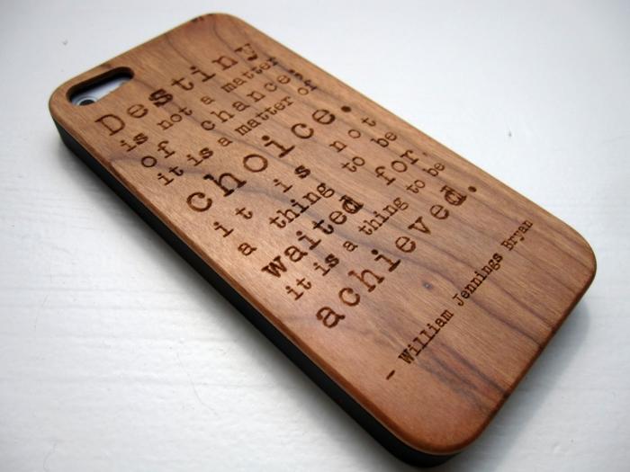 Le-coque-iphone-5c-personnalisé-de-bois
