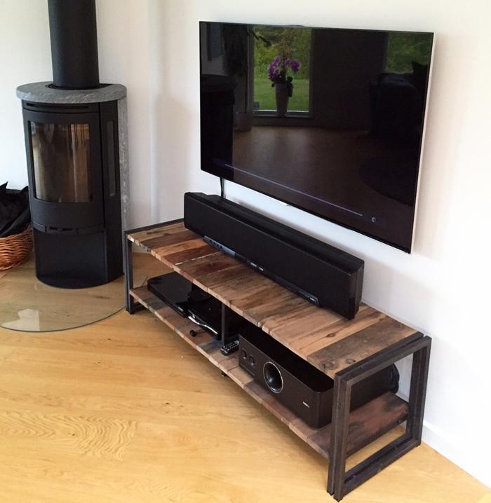 Le-meuble-tv-style-industriel-salon-salle-de-séjour-bois-et-fer
