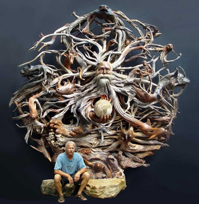 Paul-Baliker-le-temps-qui-passe-sculpture-sur-bois