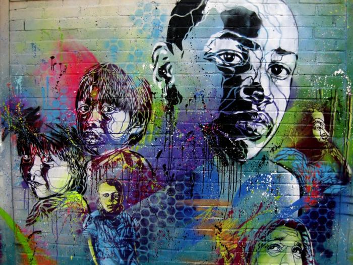 Street-art-paris-artiste-célébre-graffiti-jeunes-couleur