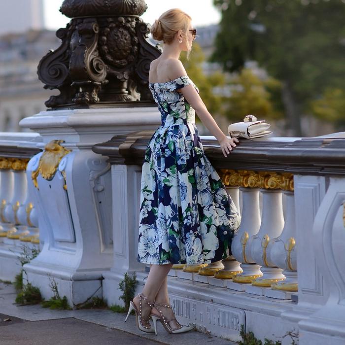 accessoires-bijou-boucle-d-oreille-dior-belle-robe-trapèze-vintage