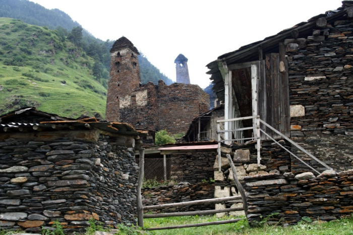 architecture-vernaculaire-des-tours-fortifiés