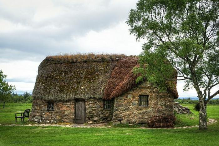 architecture-vernaculaire-maison-en-pierre-vernaculaire