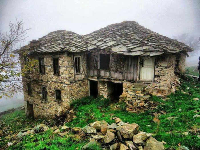 architecture-vernaculaire-maison-traditionnelle-Bulgarie
