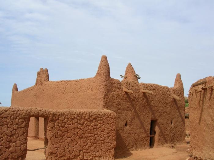 architecture-vernaculaire-maisons-ethniques-traditionnelles