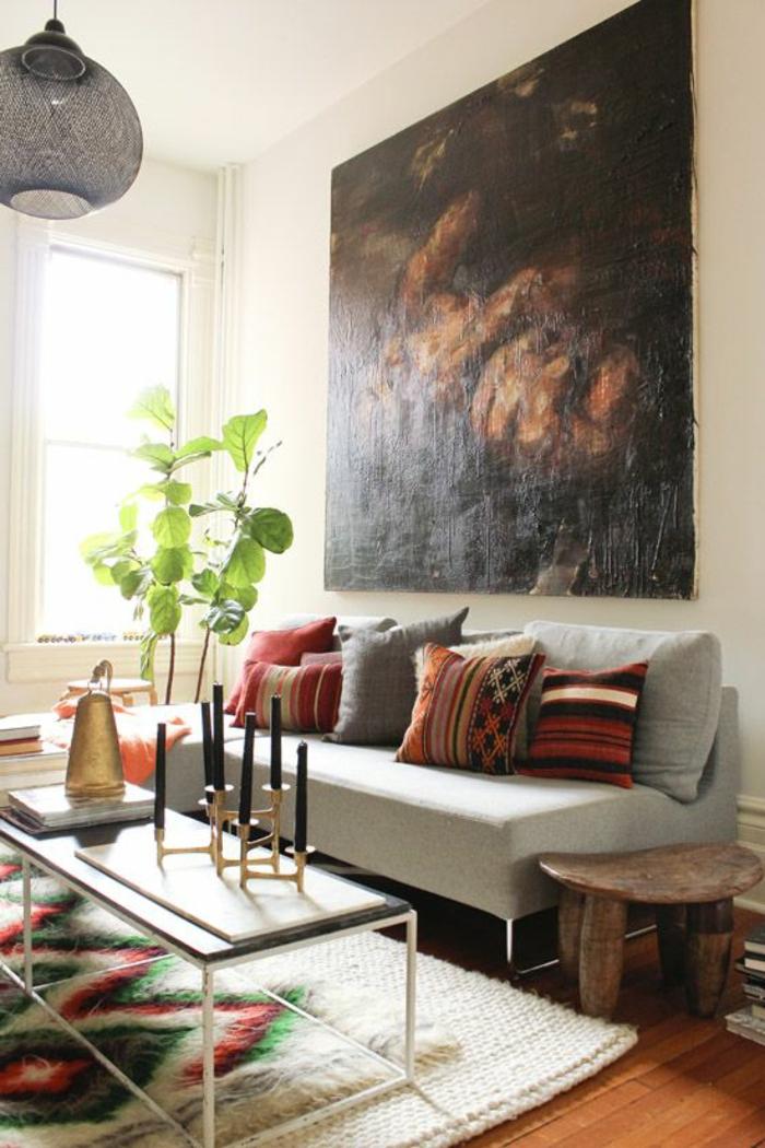 art-abstrait-sofa-avec-coussins-décoration-avec-tapis