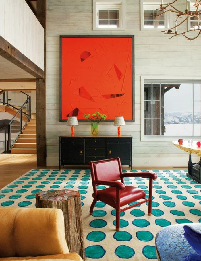 art-abstrait-un-loft-original-peinture-rouge-tapis-pointillé