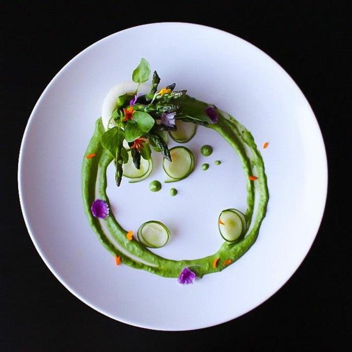 assiette-de-présentation-arrangements-culinaires