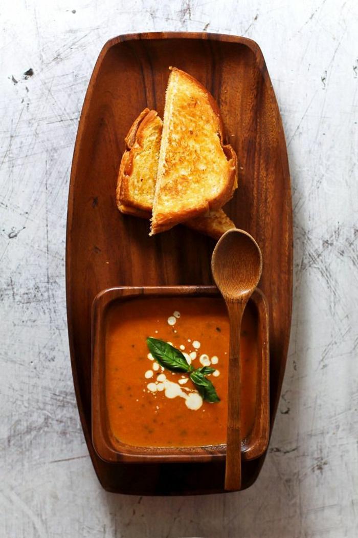 assiette-de-présentation-comment-servir-la-soupe