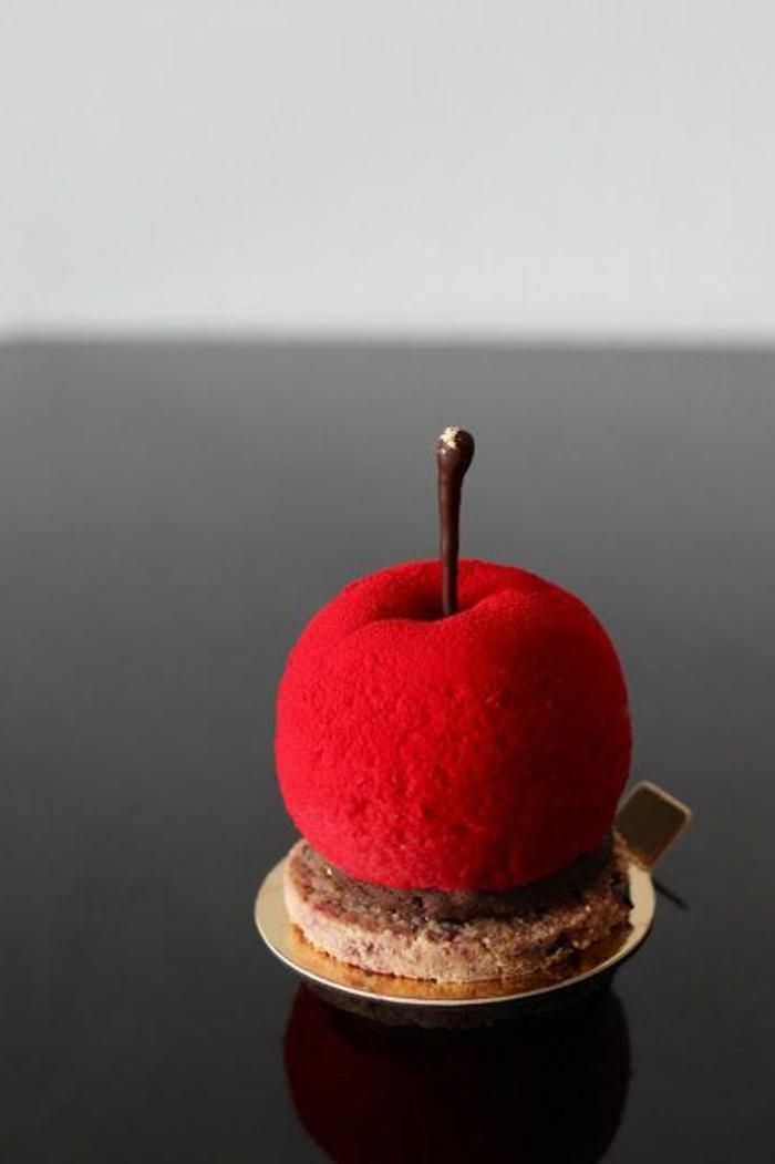 assiette-de-présentation-dessert-surréaliste