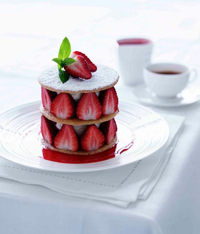 assiette-de-présentation-petite-tarte-aux-fraises