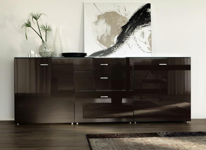 bahut-noir-laqué-salon-stylé-peinture-tapis