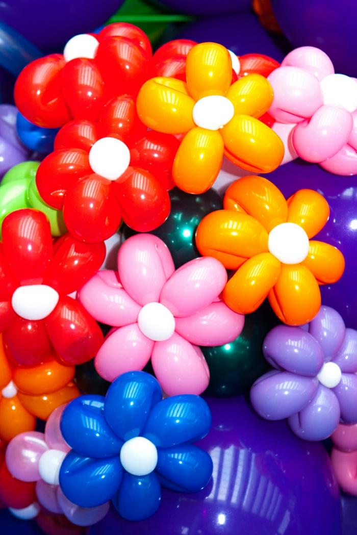 ballon-a-modeler-sculpture-ballon-fleurs-de-ballon