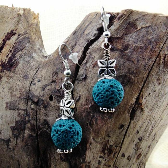bijoux-avec-pierre-volcanique-bleue-boucles-d'oreilles