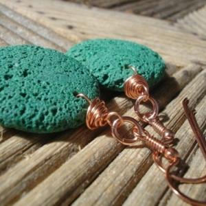 Bijoux avec pierre volcanique - une tentation ardente