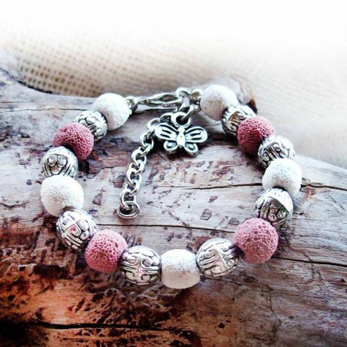 bijoux-avec-pierre-volcanique-bracelet-douce-plusieurs-pierres-volcaniques
